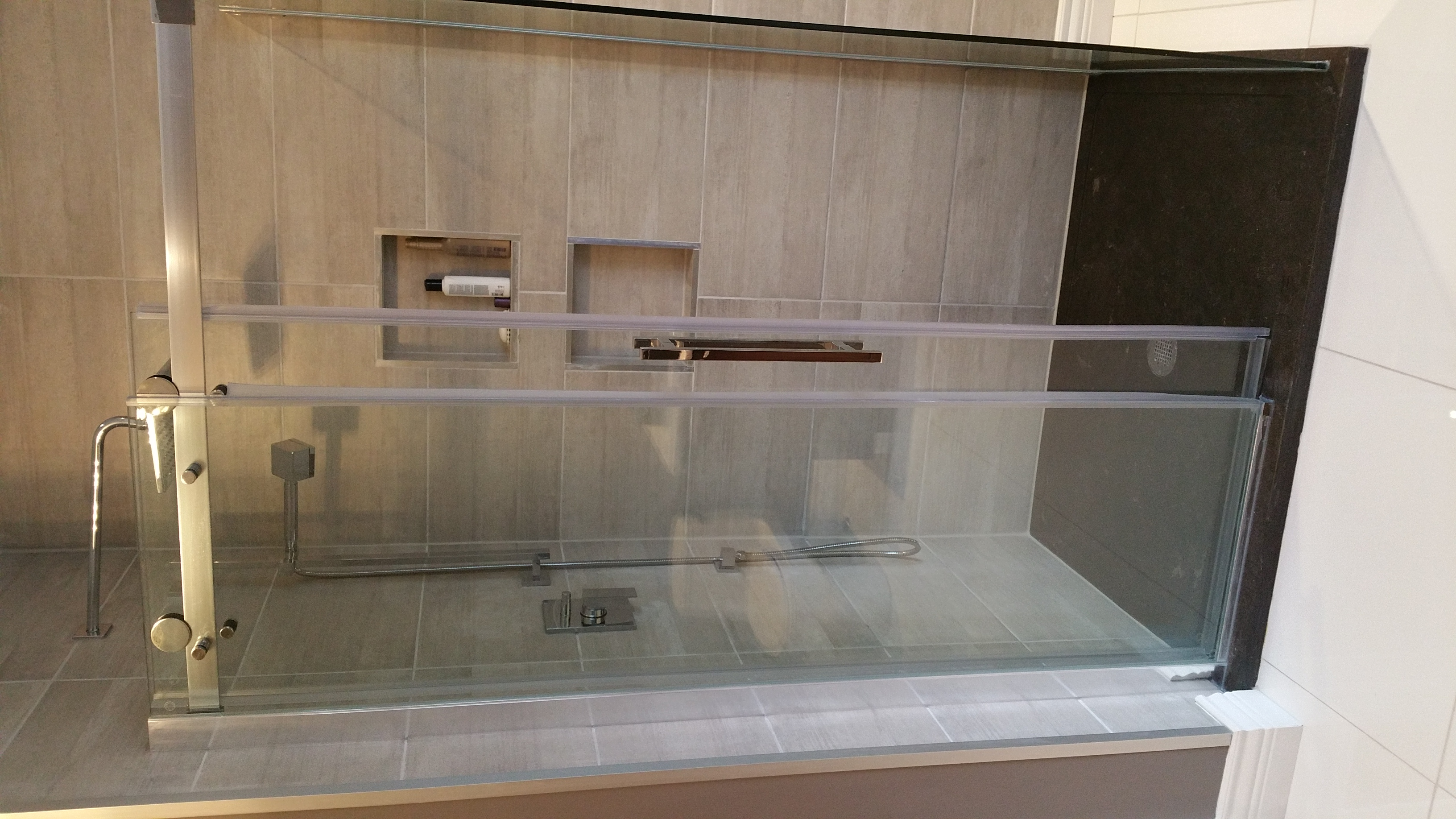 r novation de salle de bain go soumissions go soumissions entrepreneurs en r novation et. Black Bedroom Furniture Sets. Home Design Ideas